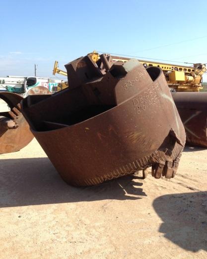 82 digging bucket